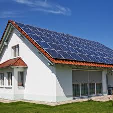 استراکچر سقفی مخصوص مناطقی هست که اکثر خانه ها دارای بام شیروانی می باشند مانند شمال کشور. بام های شیروانی خود دارای زاویه مناسب هستند فقط کافی است پنل ها را روی بام قرار دهید.